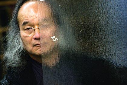 Jun Kaneko Profiled In Glass Quarterly By Richard Speer